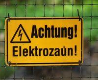 Achtung Elektrozaun.jpg