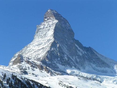 Knatterhorn Pyramide.jpg